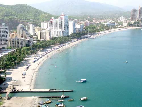 Go teach english abroad in santa marta colombia american for La terraza de la casa barranquilla telefono
