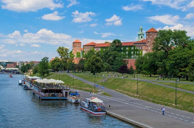 krakow-1669196_640