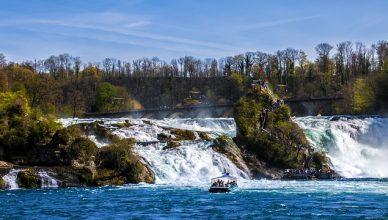rhine-falls-1622140_640