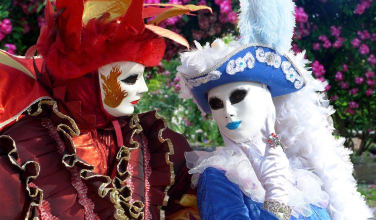 masks-1861468_1920